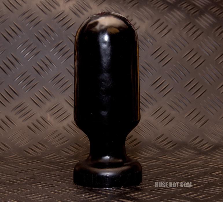 Bulldozer butt plug